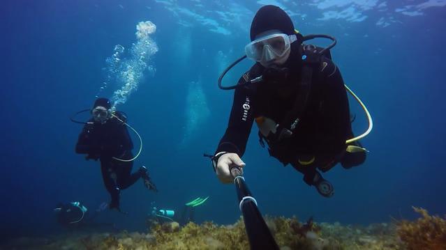 Diving in Cyprus, Paphos - By Roald Van Der Tempel